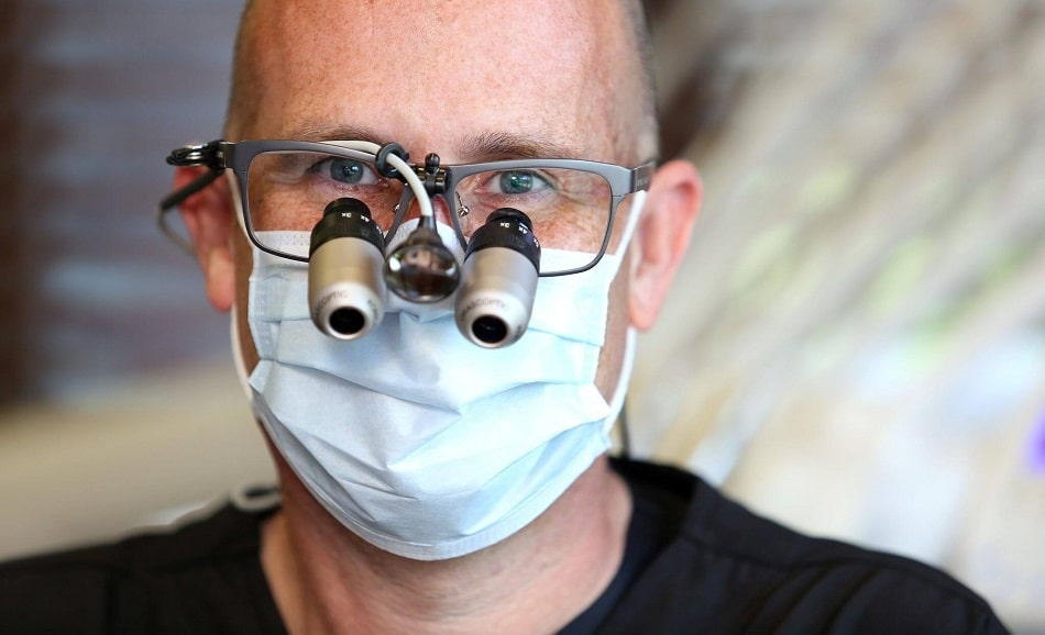 Headshot of Dr. Lavin